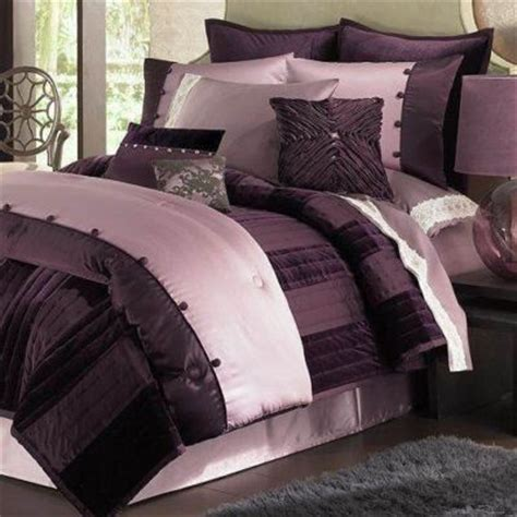 daisy fuentes bedding click to order 219 99 daisy fuentes lilac glam purple