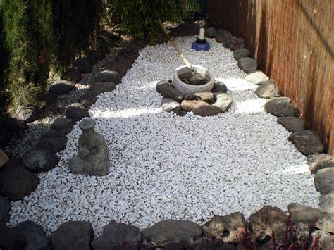 imagenes jardines con piedras foto jard 237 n piedra blanca de jardineria cm 297330