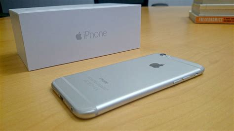 Iphone 6 Class Metal Gold 1 iphone 6 gold vs silver