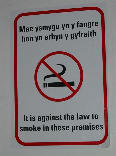 no smoking sign wiki fichier no smoking welsh bilingual sign jpg wikip 233 dia