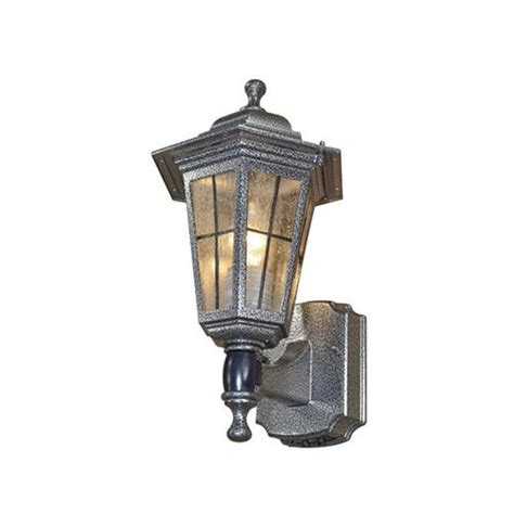 Patriot Outdoor Lighting Patriot Lighting 174 South Hton Decorative Outdoor Motion Security Light At Menards 174