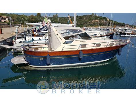 barca cabinato usato apreamare aprea 9 cabinato usato vendita apreamare aprea