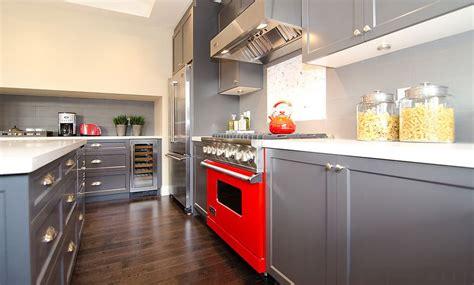 20 stylish ways to work with gray kitchen cabinets 20 stylish ways to work with gray kitchen cabinets