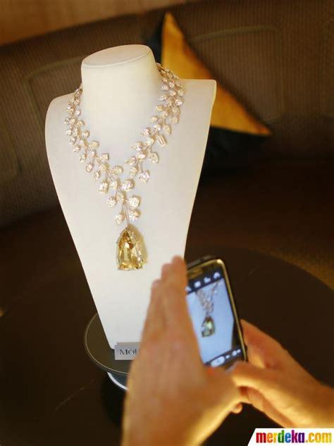 Kalung Berlian Emas Kuning 4 foto kalung emas berlian termahal sejagat dipamerkan di