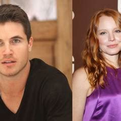x files spinoff robbie amell and lauren ambrose to star david duchovny biographie photos actualit 233