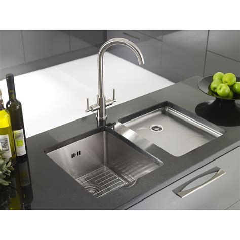 undermount stainless steel kitchen sink with drainboard