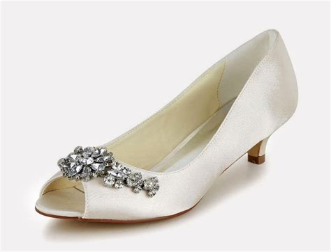 Ivory Wedding Heels by 11 Snazzy Bridal Ivory Shoes For You In Every Style