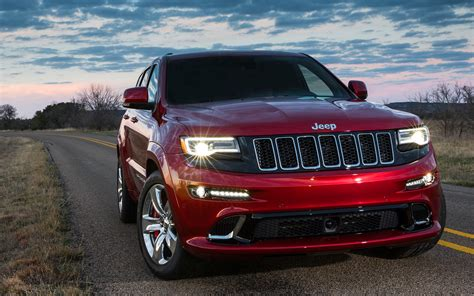 Jeep Srt by 2014 Jeep Grand Srt Track Drive Photo Gallery