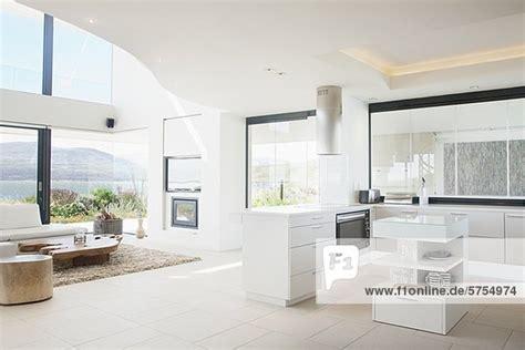 Elegant Livingroom zimmer k 252 che wohnzimmer modern lizenzfreies bild