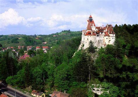 bran castle romania hilly areas of the world castelul bran romania