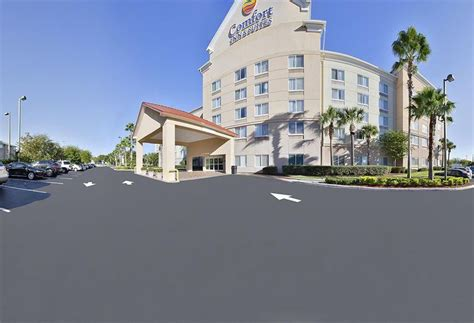 comfort inn and suites universal orlando hotel comfort inn suites universal convention center