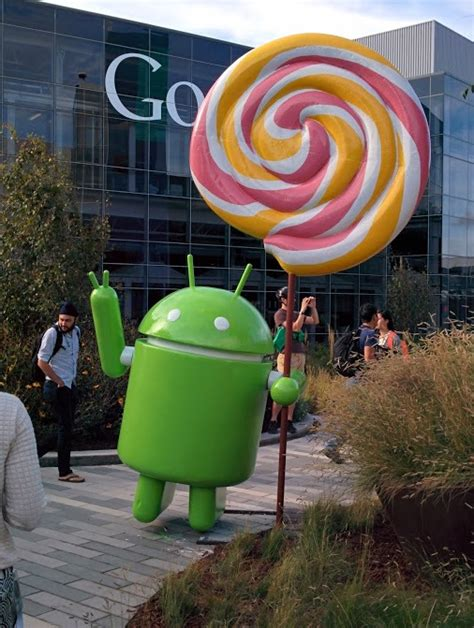 android statues unveils the android lollipop statue and it s surprisingly literal