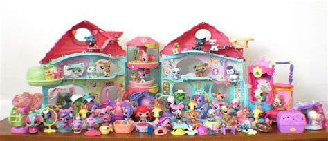 lps houses walmart littlest pet shop lot lps biggest littlest house 90 piece