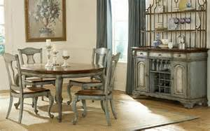 Pulaski Dining Room Furniture Pulaski Furniture Dining Room Furniture