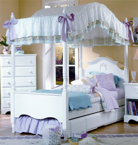 girls canopy bedroom sets is this nice choose for girls room girls canopy bed