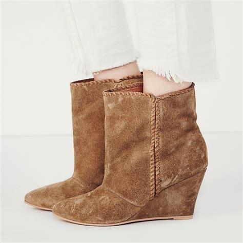 rank style charles by charles david up all wedge