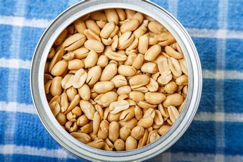 smart snacking 6 of the healthiest nuts you can eat