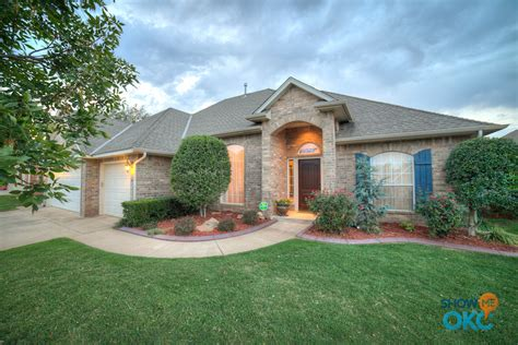 beautiful home images beautiful homes for sale in edmond showmeokc