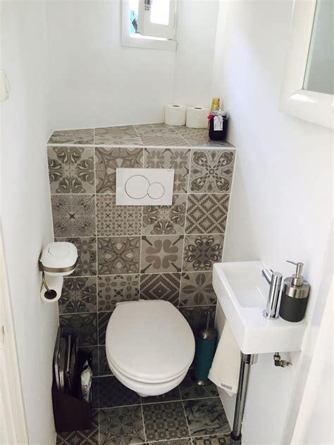 toilet met gekleurde tegel portugese tegels toilet tgwonen