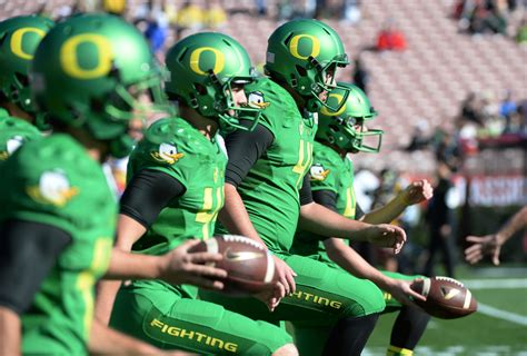 oregon ducks 2015 2016 uniforms oregon ducks 2015 2016 uniforms newhairstylesformen2014 com