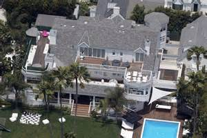 justin bieber haus justin bieber drops 80 000 a month on a lakeside home