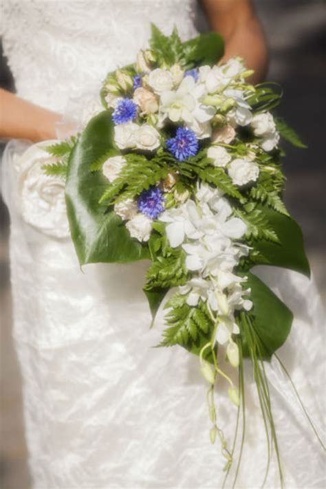 Marriage Bouquet by Bouquet Fleurs Mariage