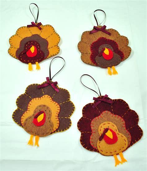 pattern for felt turkey felt turkeys felt turkey ornaments fall thanksgiving