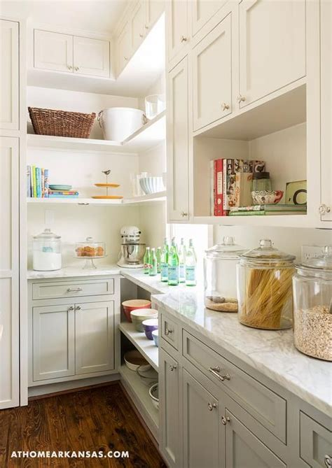 open lower kitchen cabinets 25 best ideas about two toned cabinets on pinterest