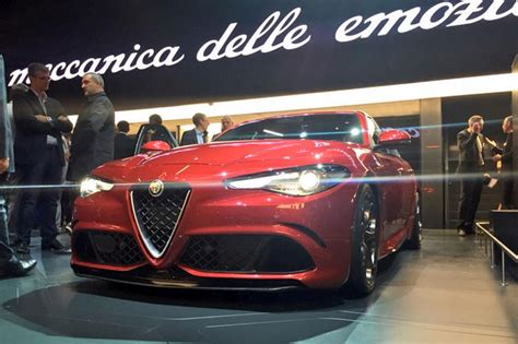 Alfa Romeo Official Site by New Alfa Romeo Giulia Revealed Official Pictures Auto
