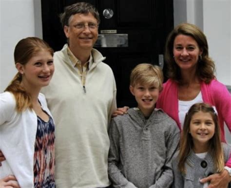 biography of bill gates family rory gates bill gates and melinda gates son car school