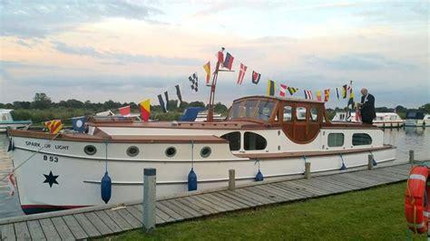 cheap boats norfolk broads holidays 10 best norfolk broads boat hire images on pinterest