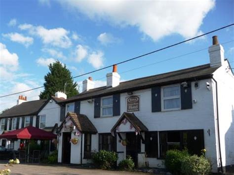 houses to buy in maidenhead the riders country house hotel in maidenhead berkshire