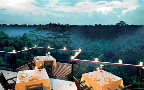 Hanging Gardens Ubud 24 restoran di bali dengan pemandangan luar biasa