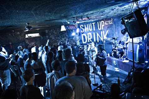 top ten bars in las vegas best bars in las vegas to grab a drink with friends and