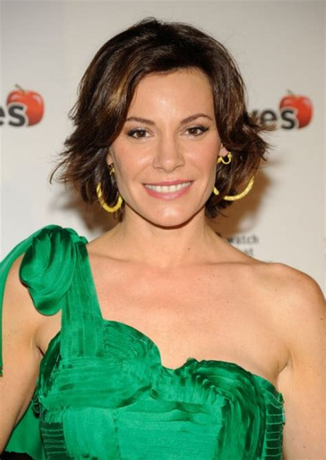 luann de lesseps new haircut shaggy short haircut layered short hairstyle for square