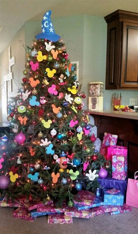 disney themed christmas tree disney christmas