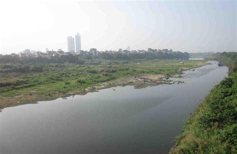 read river polis locals future uncertain in hanoi s river project