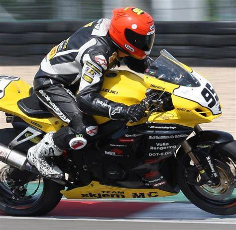 Motorrad Unfall Rennen by Tragischer Unfall Motorrad Rennfahrer Harding T 246 Dlich