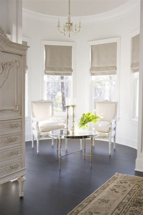Round Room   French   bedroom   Linda McDougald Design