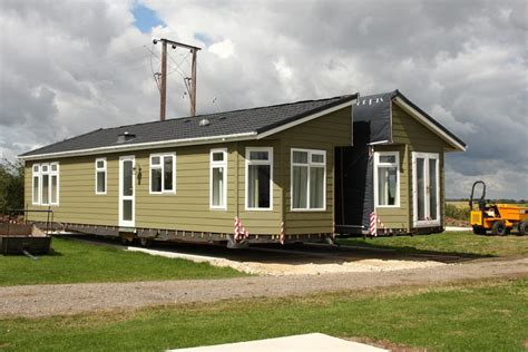 how to join two single wide mobile homes into a