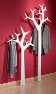 baum garderobe 220 ber 1 000 ideen zu garderobe baum auf