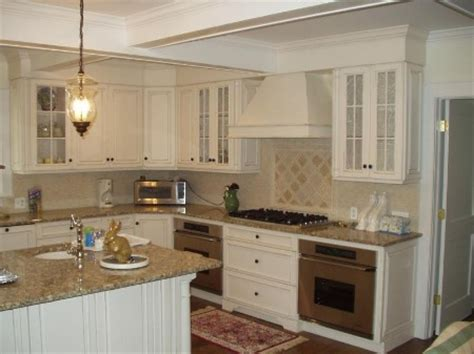 sense and simplicity 4 great countertop colours for white - White Kitchen Beige Countertop
