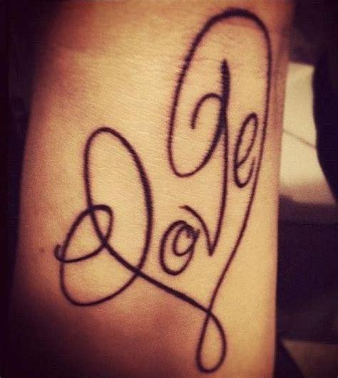 tattoo letters love love cursive tattoo fonts tattooic