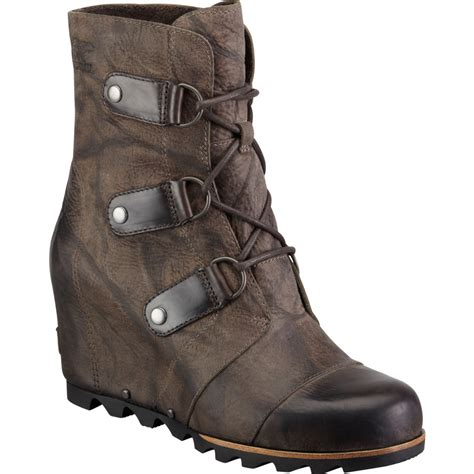 sorel joan of arctic wedge mid boot s