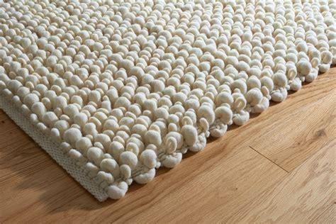 teppich aus filz akustik filzteppich akustikkunst