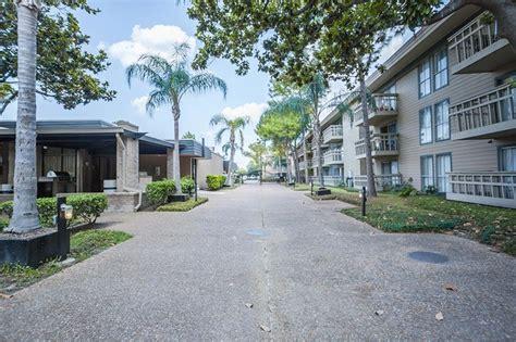 Houston Apartments Uptown Park Park At Voss Houston Tx Apartment Finder