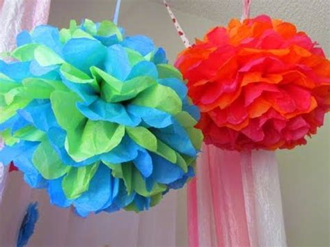 How To Make Hanging Tissue Paper Pom Poms - diy hanging floral worldnews
