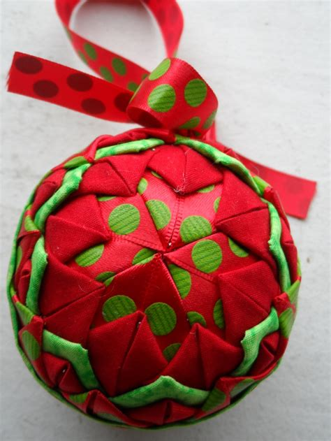 images of quilted christmas balls 17 best images about quilted christmas ornaments on
