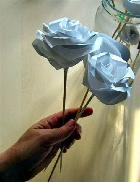 How To Make Paper Roses With Stems - realistic paper roses