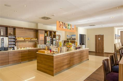 dresden hotel inn express inn express dresden city centre 2017 room prices